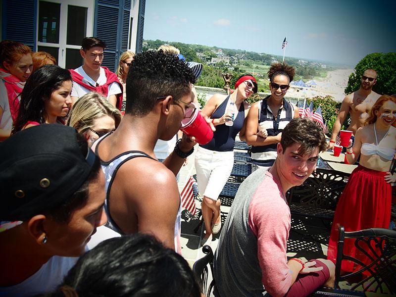 Taylor en las redes sociales (Facebook, Twitter, Instagram, Tumblr...) - Página 3 July42013-06