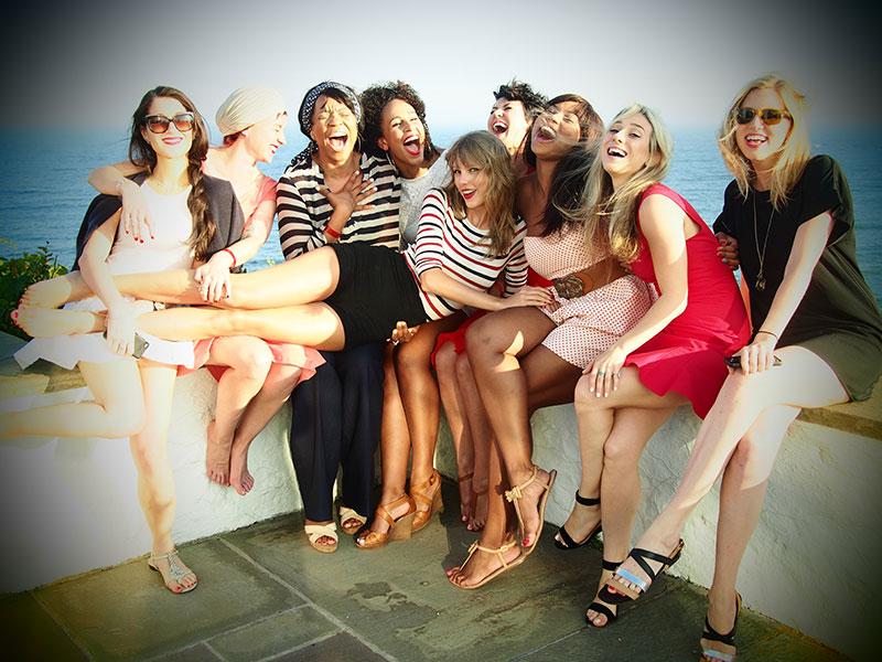 Taylor en las redes sociales (Facebook, Twitter, Instagram, Tumblr...) - Página 3 July42013-22