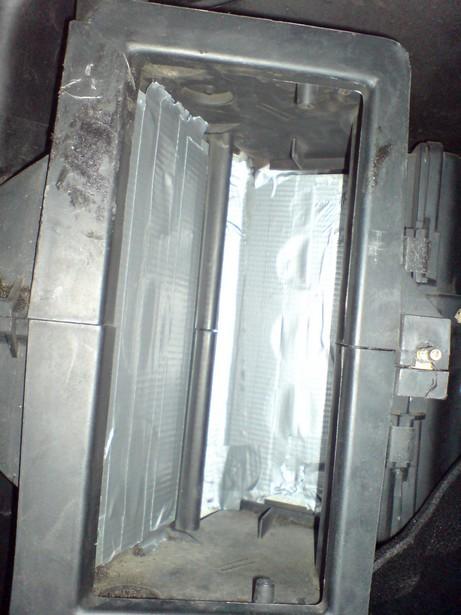 [Golf 2] Réparation Chauffage (air toujours tiede) DSC00413