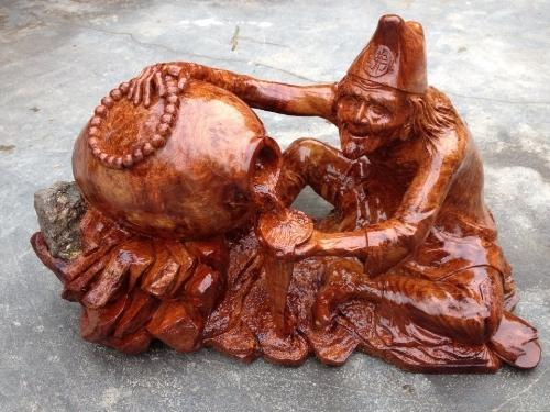 Đôi nét về hình tượng tế công trong điêu khắc tượng gỗ Tuonggo239