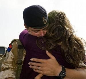 Importancia del abrazo Abrazandose