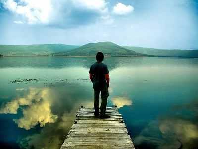 Cómo acabar el día con la conciencia tranquila Hombre-solitario