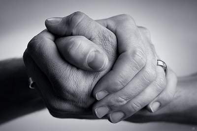 La recompensa de dar a los demás Ayudar