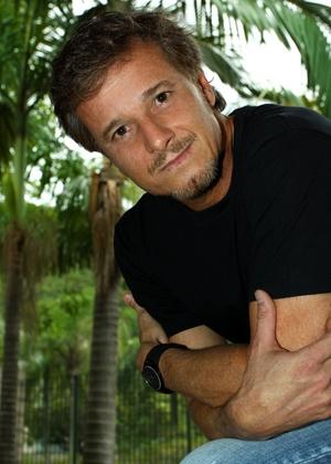Проспект Бразилии / Avenida Brasil - Страница 24 Marcello-novaes-em-entrevista-ao-canal-zap-marco2010-1269897740670_300x420