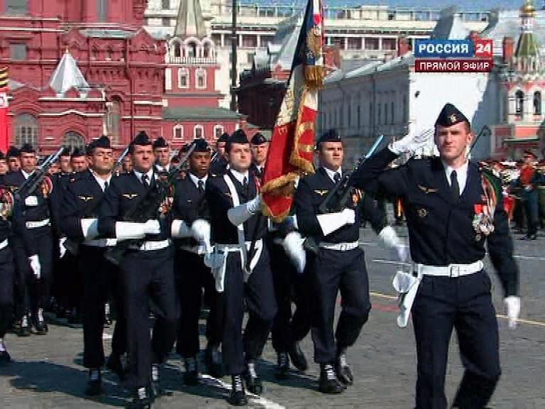 Parade de Victoire 9 mai 2010 à Moscou - Page 3 31244