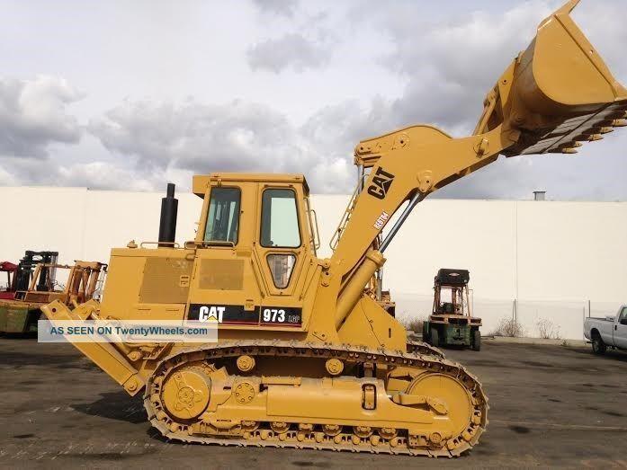 pale cingolate Caterpillar_973_crawler_loader_enclosed_cab_diesel_engine_track_loader_ripper_12_lgw