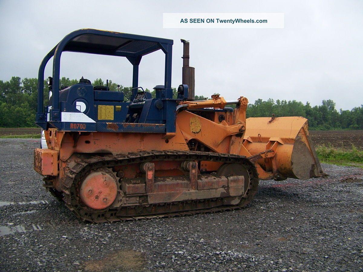 pale cingolate Crawler_loader___track_loader_1988_dresser_250e_6_lgw