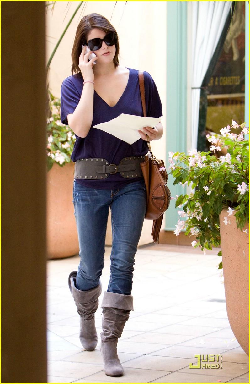 Ashley Greene Serbia - Portal Ashley-greene-at-casting-auditon1