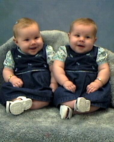"""مــجــمــوعة صــور لـتــوآئــم """"سُــبـح ــان اللـــه"""" Mero_twins"""