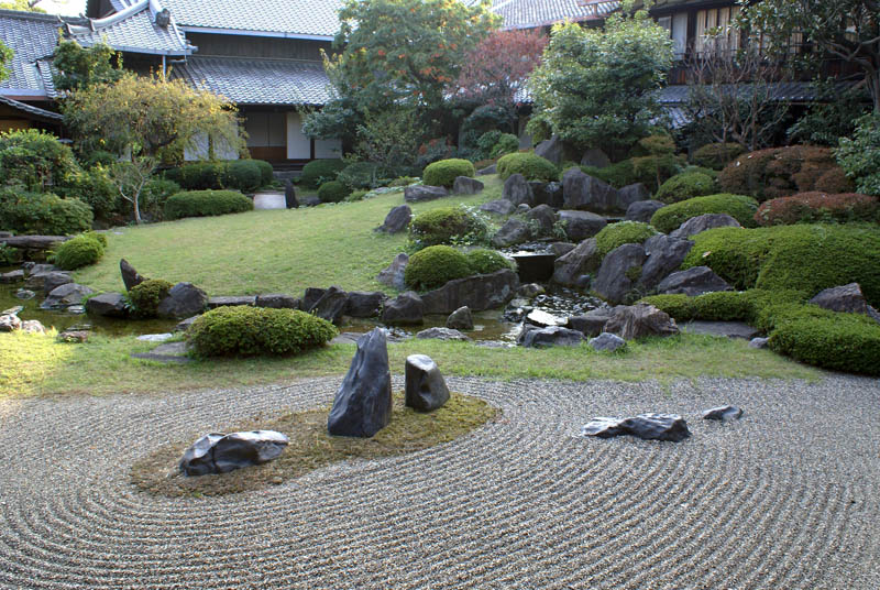 Vrtovi - Page 4 Honbo-garden-in-osaka-osaka-prefecture-japan