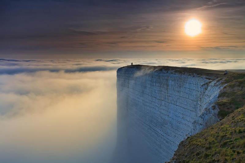 Sites internet conseillés par @JaredLeto Edge-of-the-world-beach-head-chalk-cliff-southern-england