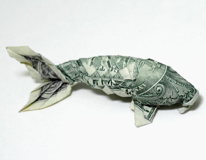 அன்றாடம் அசத்தல் படங்கள்  - Page 19 Koi-fish-made-from-dollar-bill-origami-by-won-park