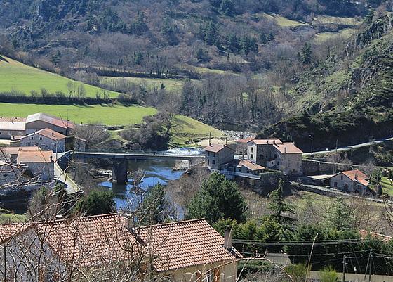 les petits ruisseaux font les grandes rivières : la Loire et ses affluents  10258230.a328dd9f.560