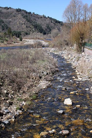 les petits ruisseaux font les grandes rivières : la Loire et ses affluents  10258468.c7b40be7.560
