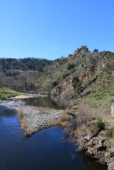 les petits ruisseaux font les grandes rivières : la Loire et ses affluents  10258469.bb6cc3ab.560
