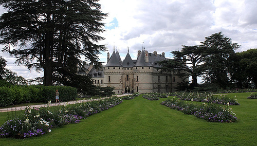 Vers l'entrée du château