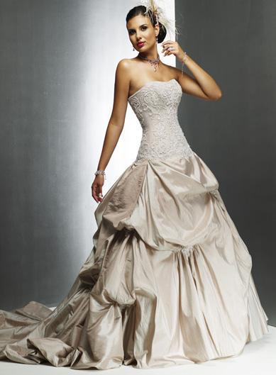 فساتين عروس رائعة 091103184236100