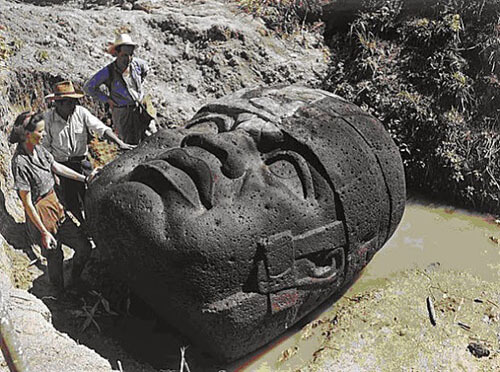 Is the Stone Head from Guatemala Proof of an Ancient Extraterrestrial Race? Olmec-stone-head