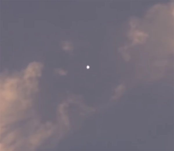 UFO News ~ UFO Seen On Forest Cam and MORE Ufo-chemtrail-1