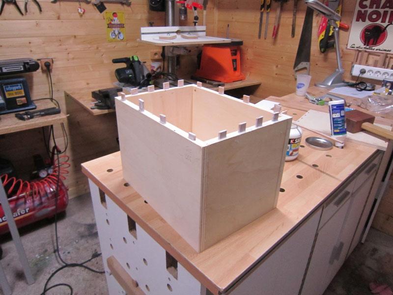 [Terminé] Une boite exercice pour  ranger mon rabot électrique. Boite_rabot-027