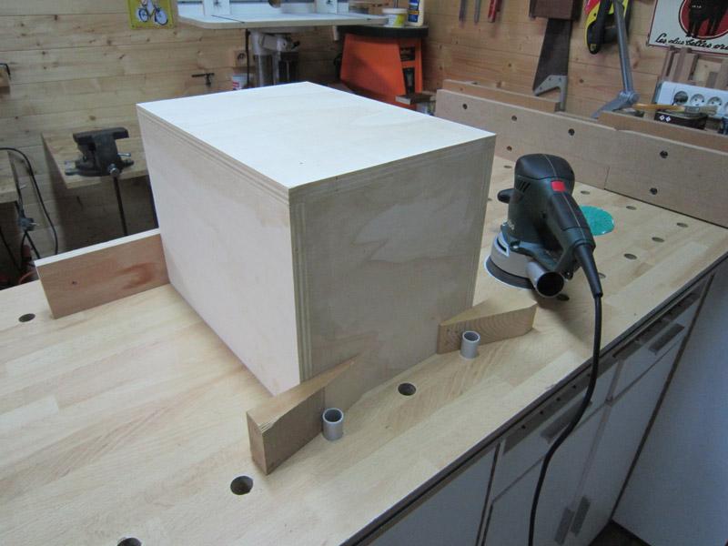 [Terminé] Une boite exercice pour  ranger mon rabot électrique. Boite_rabot-034