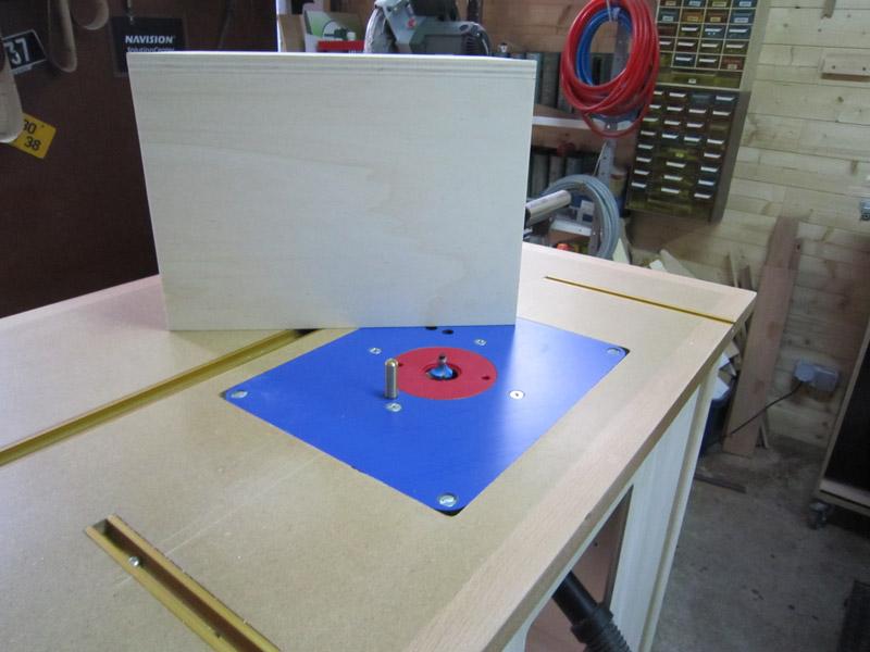[Terminé] Une boite exercice pour  ranger mon rabot électrique. Boite_rabot-039