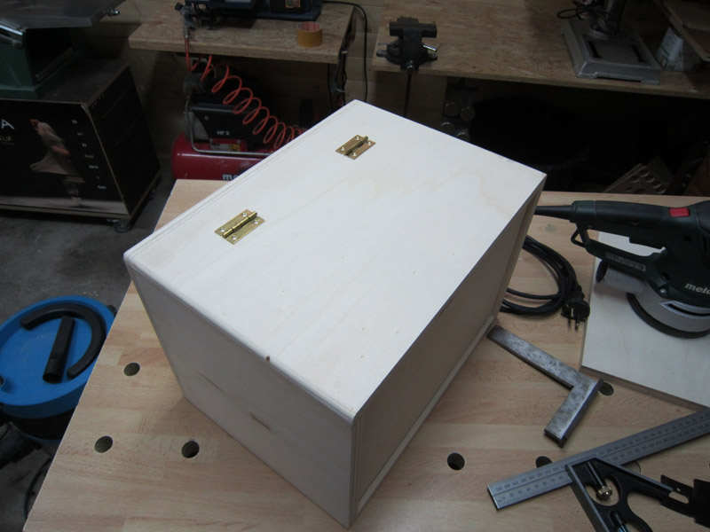 [Terminé] Une boite exercice pour  ranger mon rabot électrique. Boite_rabot-043