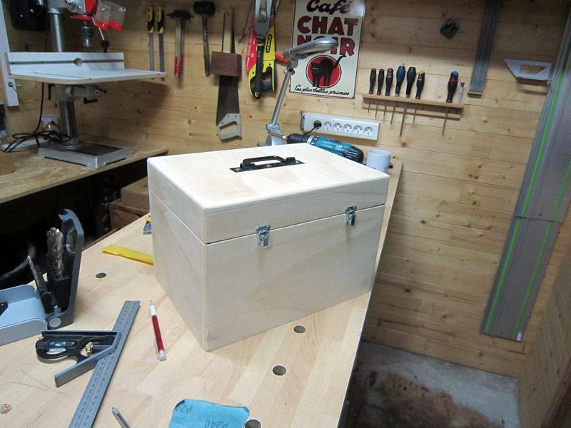 [Terminé] Une boite exercice pour  ranger mon rabot électrique. Boite_rabot-050