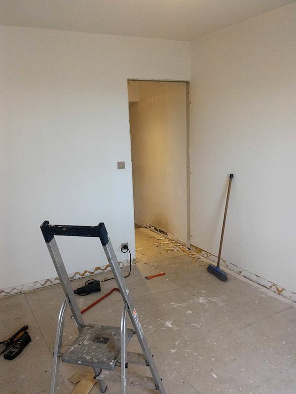 Refection d'un plancher de chambre Chambre_2_005