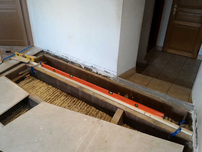 Refection d'un plancher de chambre Chambre_2_014
