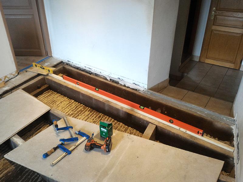 Refection d'un plancher de chambre Chambre_2_015