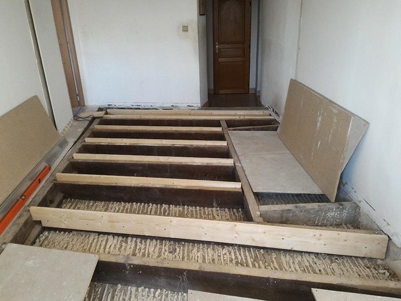 Refection d'un plancher de chambre Chambre_2_022