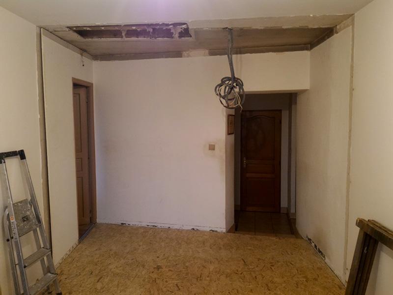 Refection d'un plancher de chambre Chambre_2_046