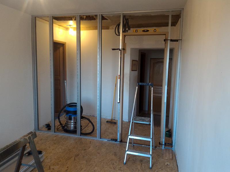 Refection d'un plancher de chambre Chambre_2_050