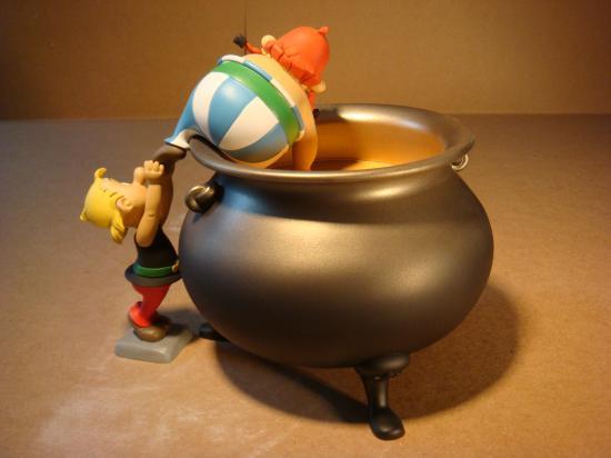 Recherche photo(s) Obelix marmite Leblon 89851824027-jpg