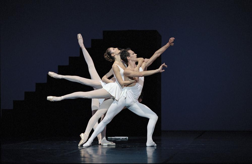 Copies/inspirations de poses de début/de fin - Page 2 Apollon-Balanchine-Bart-1