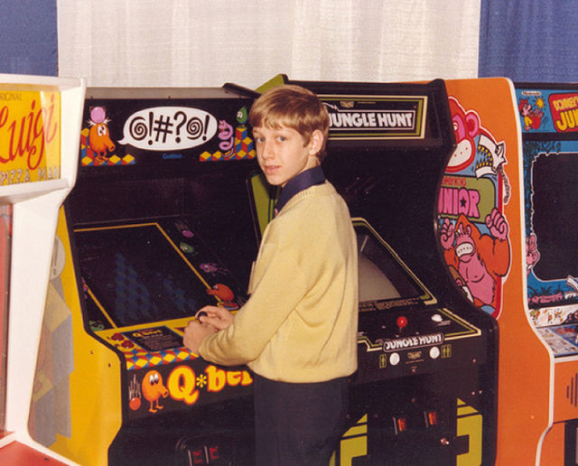 [Nostalgie] Vos photos d'époque ! - Page 2 Arcade_rooms_in_640_12