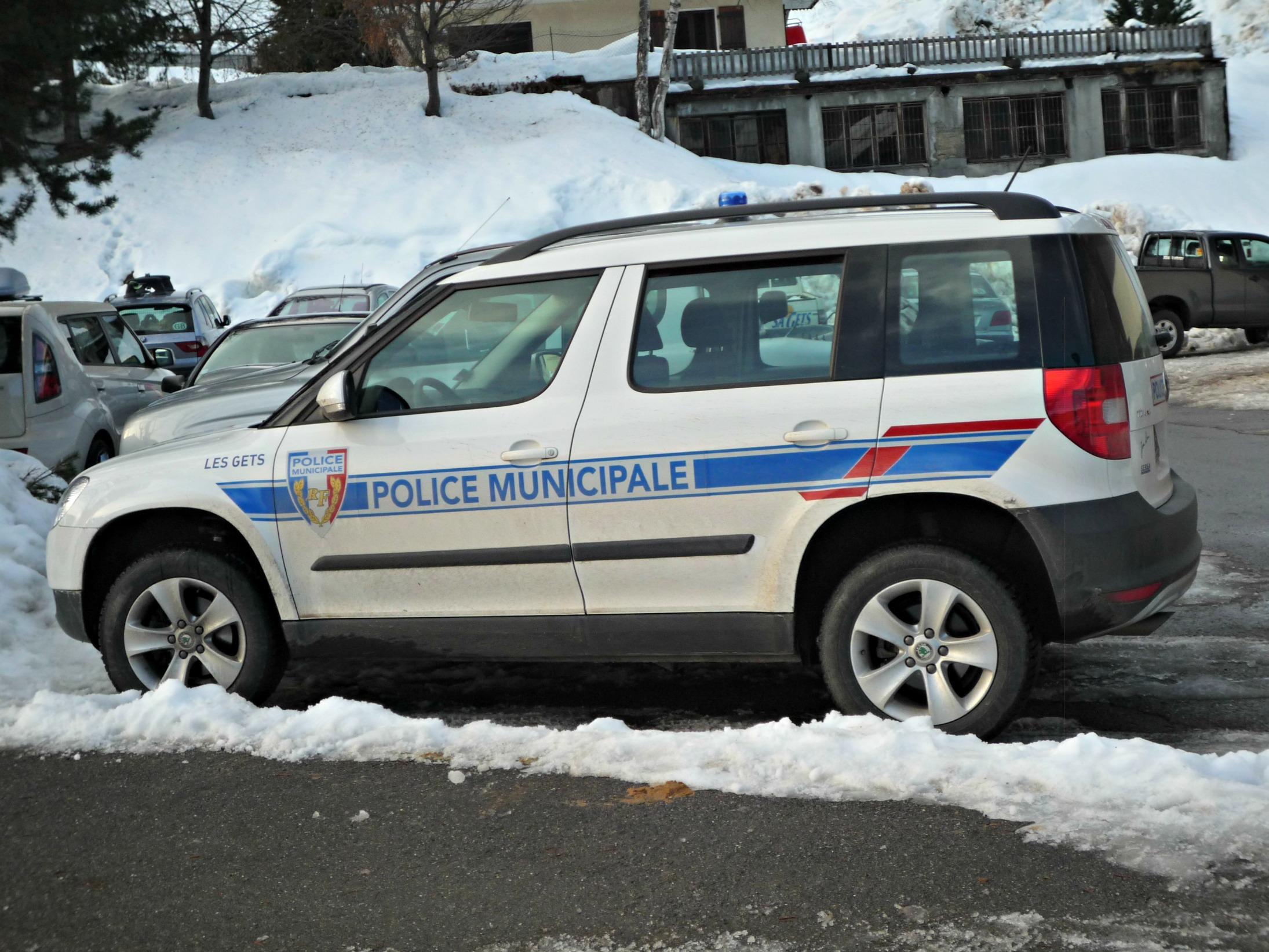 Skoda au service de la police - Page 3 3189a2a61e