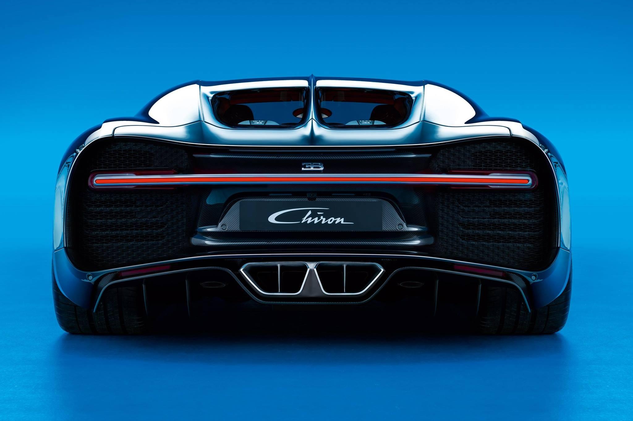 2016 - [Bugatti] Chiron  - Page 11 90ef9fa429