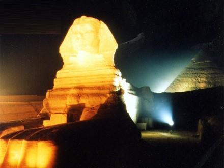 شاهد عروض الصوت و الضوء بمصر Ps011111