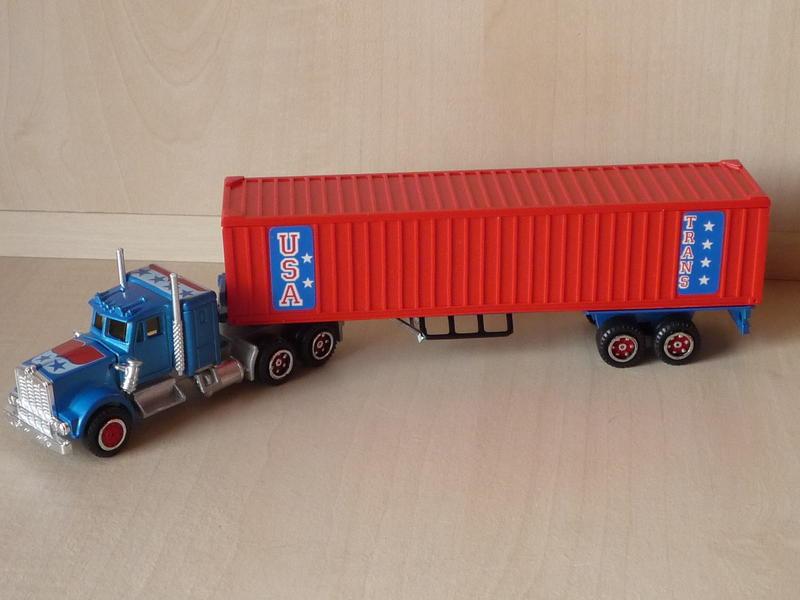 N°603 Kenworth Semi-Container (Version Ondulée) 11075153cs