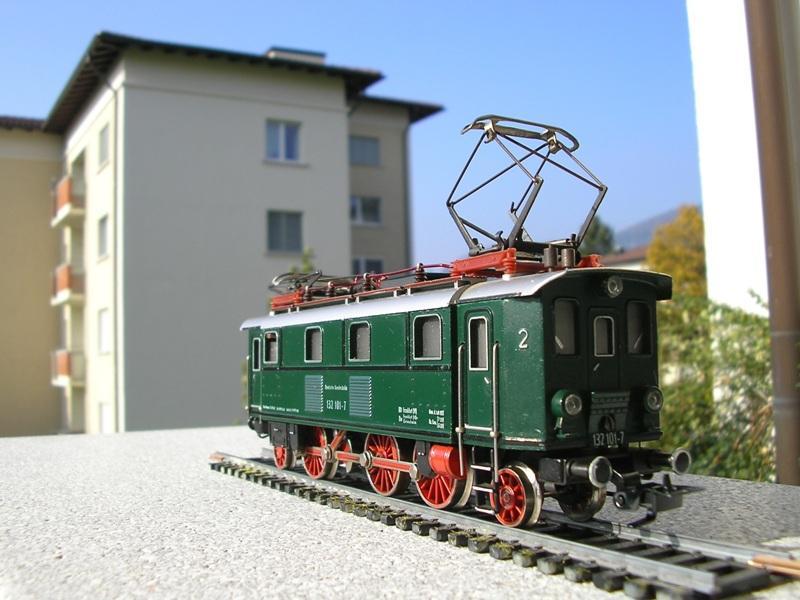 Liliput Lok No. 104 im Vergleich mit Kleinbahn Lok No. 1280 12375277ww