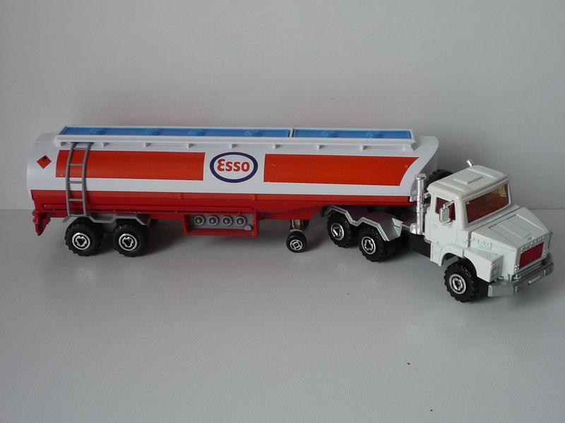 N°3040 Scania Citerne 13544982xs
