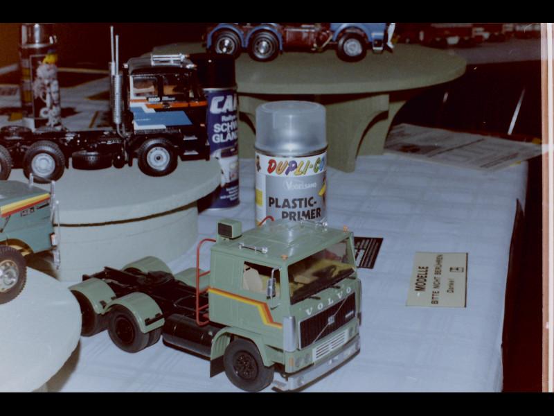 VOLVO  F-12  vor 30 Jahren 21371337xq
