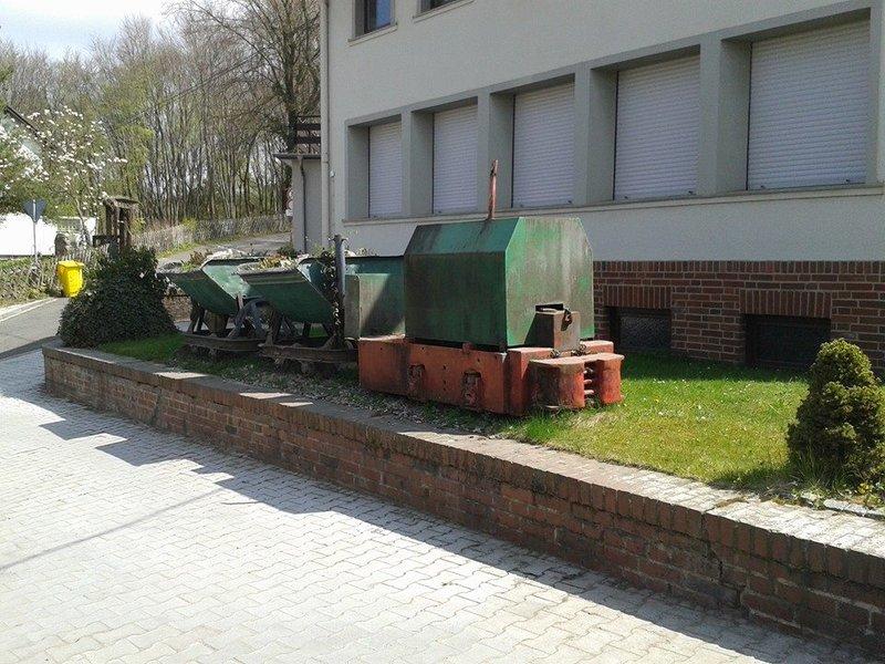 Denkmalzug vor dem Kalkwerk Hastenrath, nähe von Stolberg. 21697180va