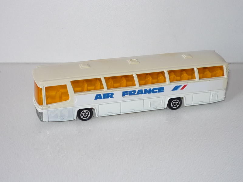 N°373 autocar néoplan 22491196bi