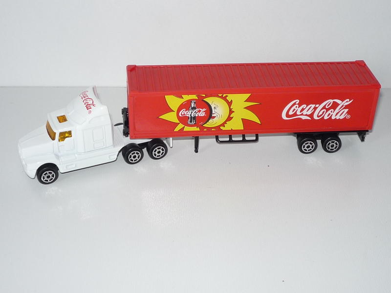 N°604 Kenworth T600 + Semi Container. 23560088zh