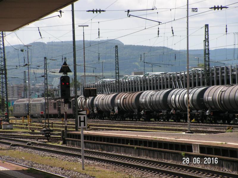 Vierfach Traktion in Basel Bad Bf 26550259an