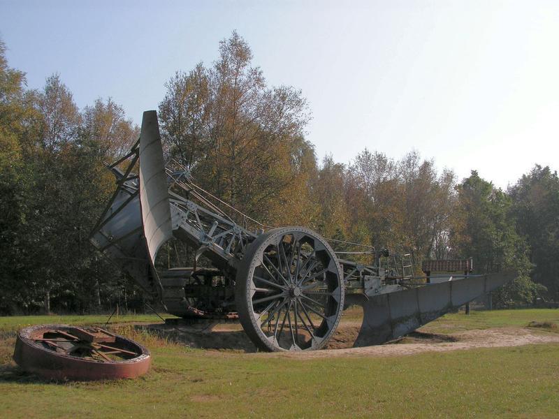 Lokomobile und Pflug im Moormuseum Groß Hesepe 26784125cz
