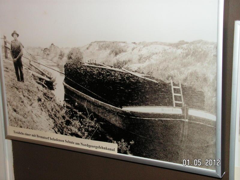 Lokomobile und Pflug im Moormuseum Groß Hesepe 26794405ut